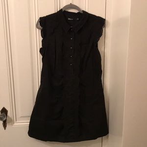 Collared shift dress with pockets